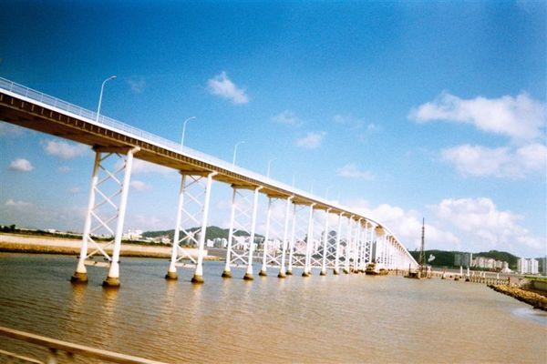 080跨海橋.jpg