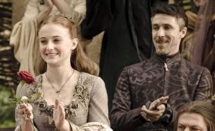 Petyr_baelish_sansa_stark_HBO.jpg