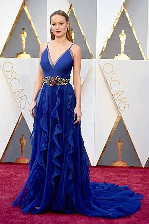 Brie-Larson-Oscars-2016 (2).jpg