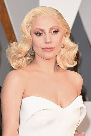 gallery-1456707498-lady-gaga-1.jpg