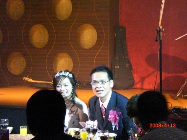 美麗的新娘與帥氣新郎