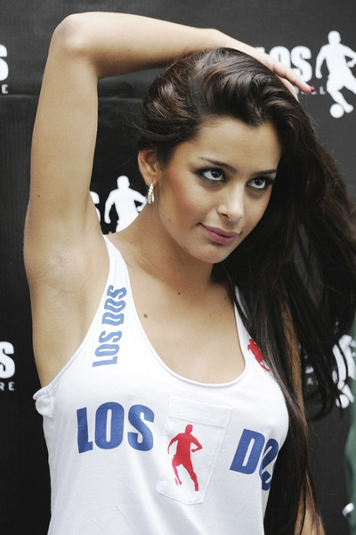 Larissa_Riquelme_elected_as_the_muse_of_2010_FIFA_World_Cup_002_122_986lo.jpg