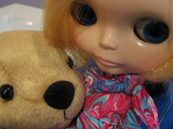 是小布的眼睛大還是 LaLa 的鼻子大?