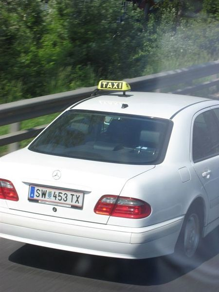 賓士計程車