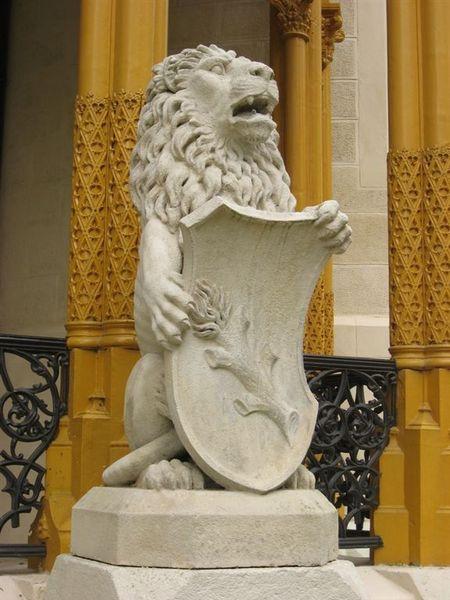 城堡的獅子