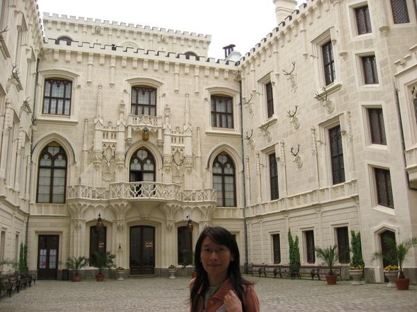 城堡內中庭