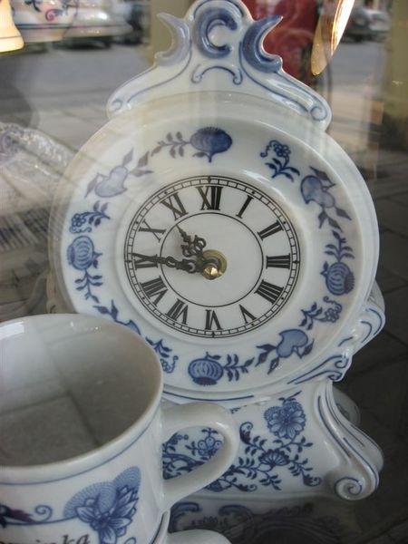 瓷器做的時鐘
