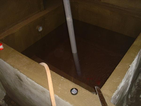浴缸防水後試水.JPG