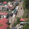 從高處往車站看