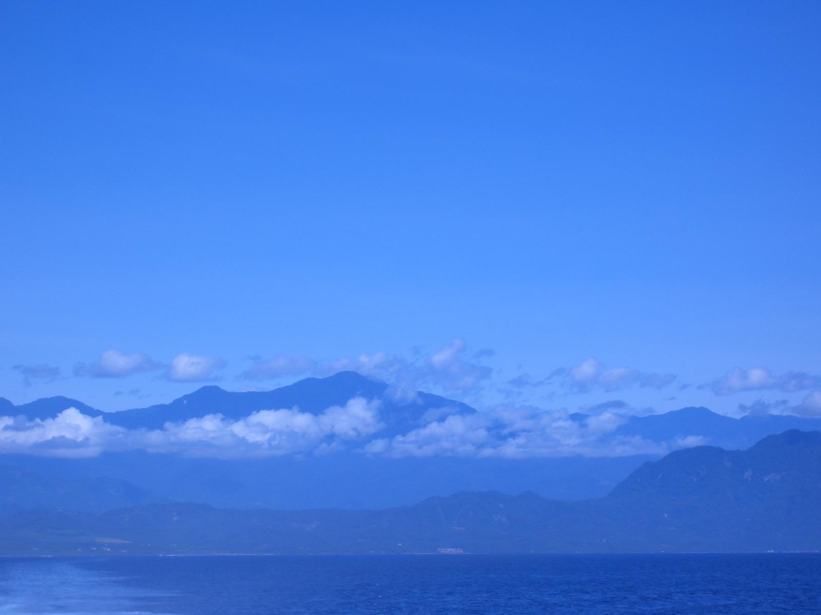 雲都在台灣本島,綠島沒有雲