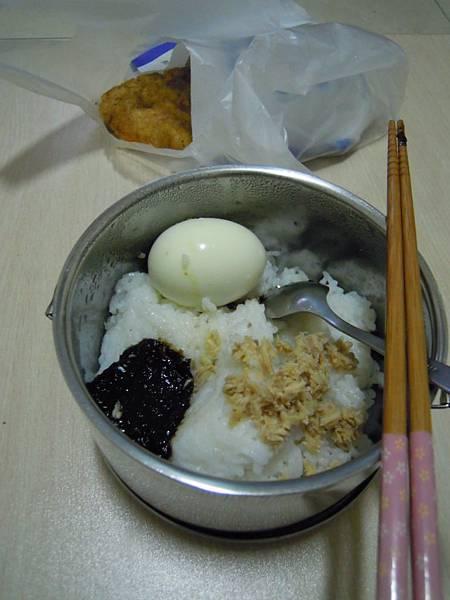 凡那比颱風前一天的晚餐