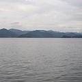 這邊是小普陀,這湖還是東錢湖