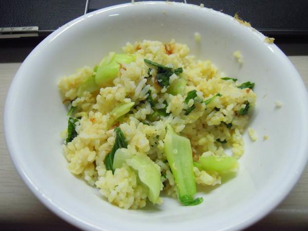 青菜肉鬆蛋炒飯