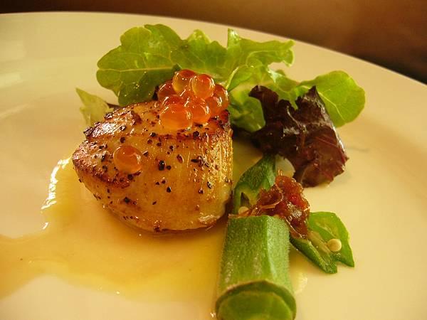干貝佐鮭魚卵.JPG