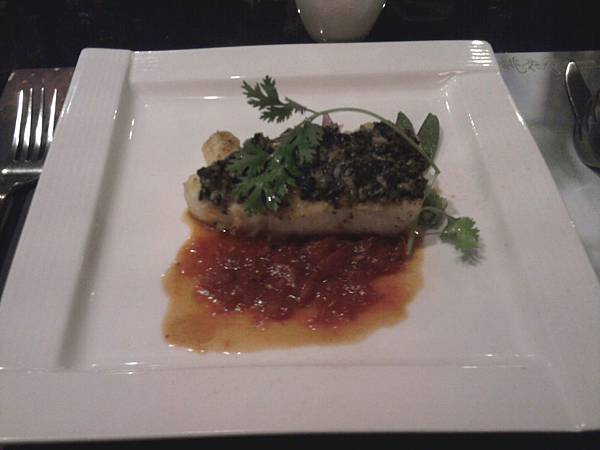 番紅花烤阿拉斯加鱈魚佐羅西尼松露醬