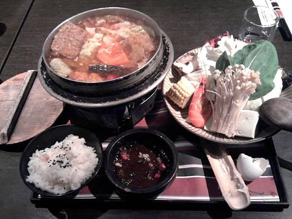 極品泡菜鍋
