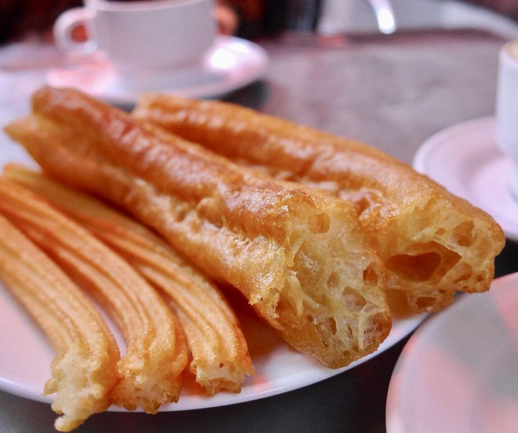 馬德里必吃的西班牙油條Chocolateria San Gines