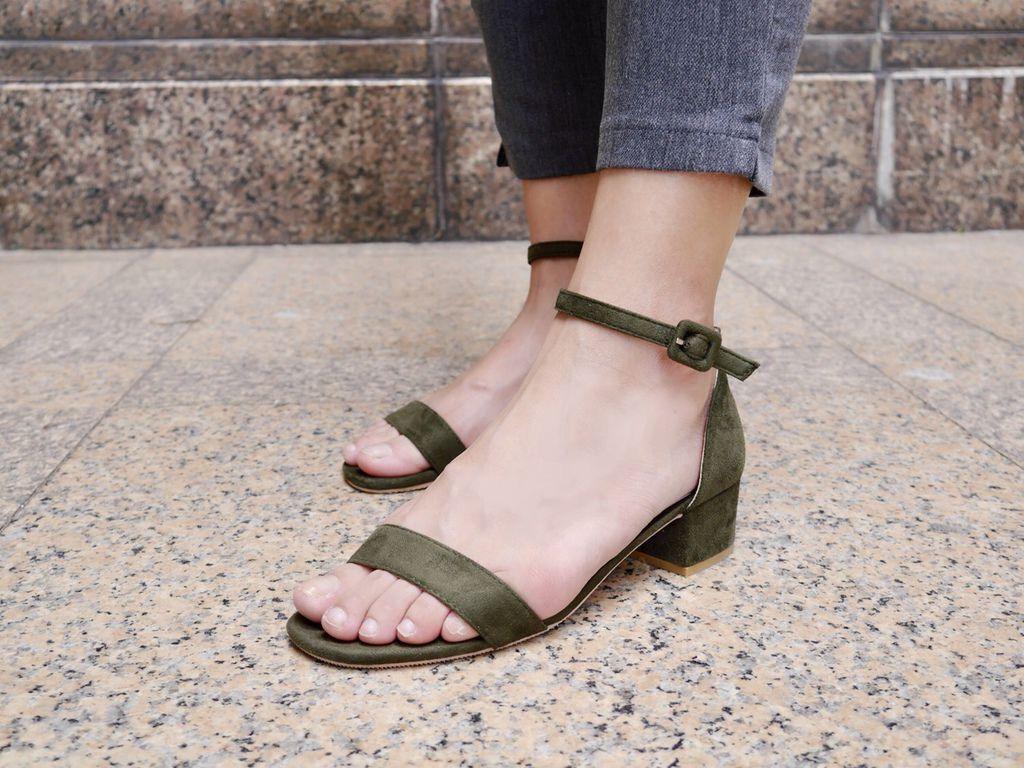 一字繫踝方頭低跟涼鞋