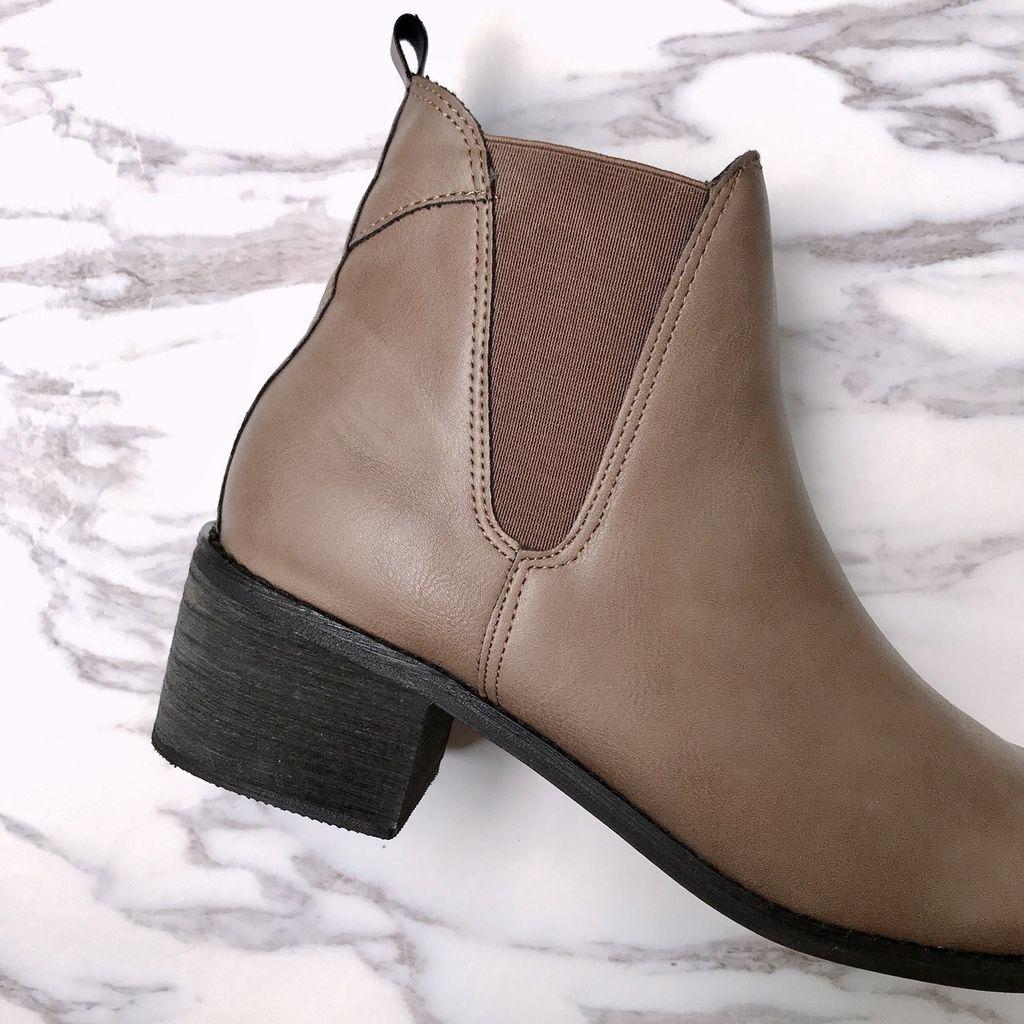 品味首選鬆緊帶拼接粗跟短靴