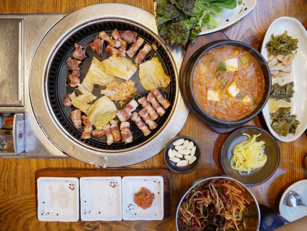 釜山必吃美食,西面美食味贊王烤肉