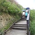 停車後走一小段路,就會看到登山口的休息站