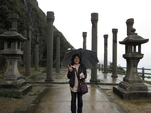 我與黃金神社...的柱子