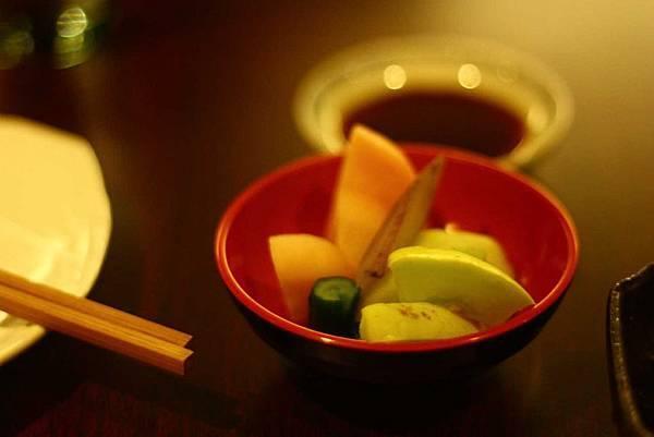 常夜燈 (醃過的蘿蔔牛蒡香瓜)