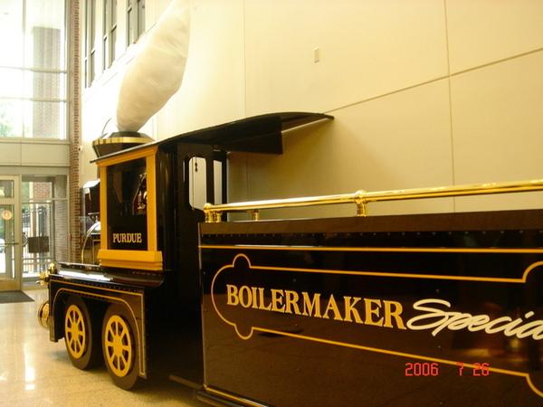 學校招牌小火車-boilermaker~