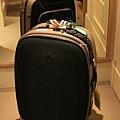 掰掰行李箱,謝謝你陪了我七年.jpg