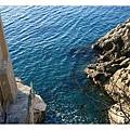 水非常清澈透藍.jpg