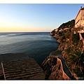 整個海岸很寧靜的迎接早晨的初陽.jpg