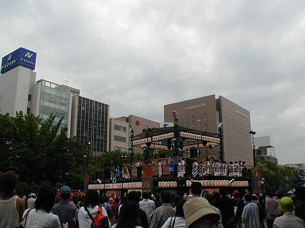 大通公園裡的舞台