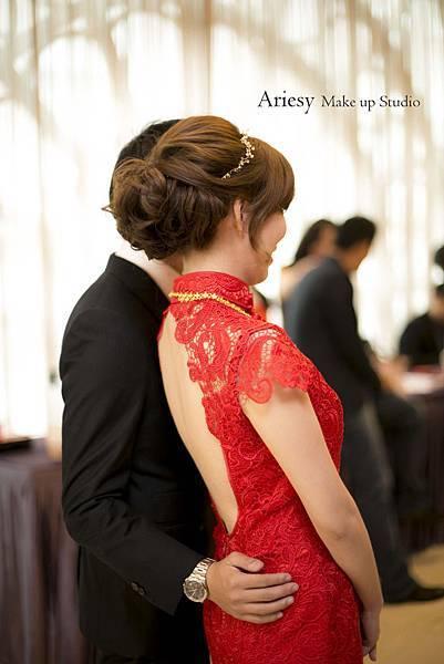 新秘愛瑞思,arisey,新秘推薦,台南桂田酒店,新娘造型,花藝設計,歐美編髮,自然清透妝感,旗袍造型