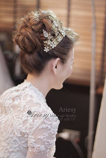 ariesy,愛瑞思,新娘秘書,新秘,編髮,世貿33,復古風,指推,鮮花,花藝造型,新秘推薦