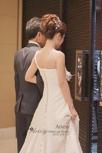 ariesy,愛瑞思,新娘秘書,新秘,編髮,鮮花,歐美,復古宮廷森林風,旗袍造型,新秘推薦