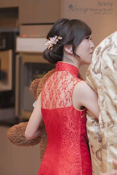 寒舍艾美,台北新秘,復古風,新娘秘書,新秘,新秘推薦,歐美風,自然輕透妝感,韓風新娘,鮮花新秘
