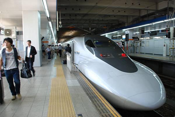 往大阪去的Rail Star