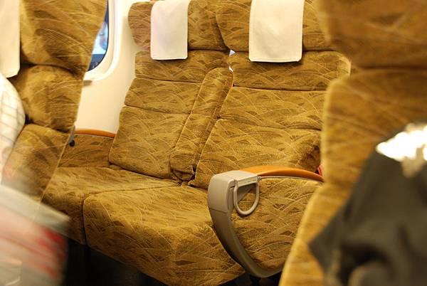 座位還滿舒服的~