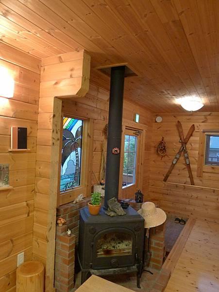 這個暖爐冬天應該有用吧~