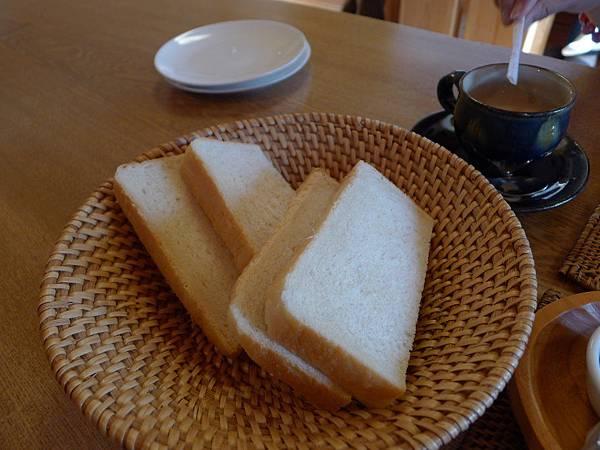 麵包好吃~