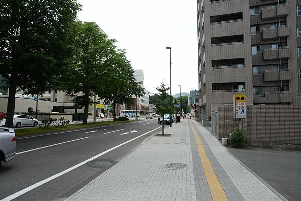 要走去北海道神宮