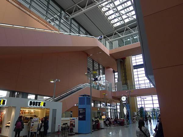 兩年不見的橘色關西機場~