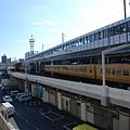 旁邊就是JR福山站,很妙~