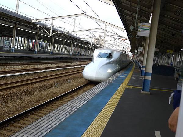 我的新幹線來了