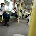 我往廣島站的電車很大一台是低底盤的