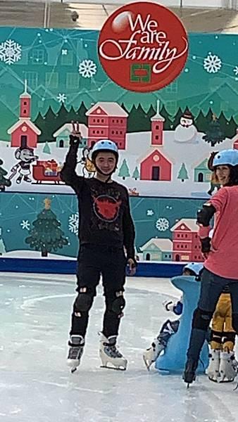 20181201中信園區溜冰_181201_0004.jpg