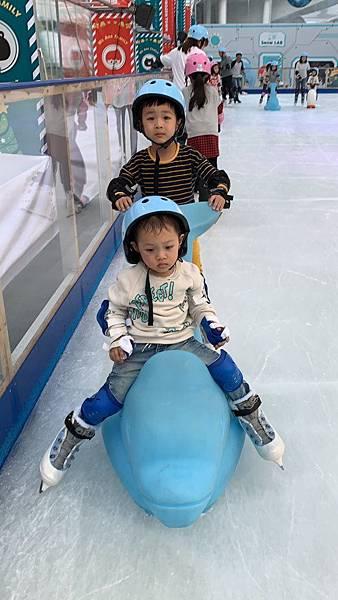 20181201中信園區溜冰_181201_0005.jpg
