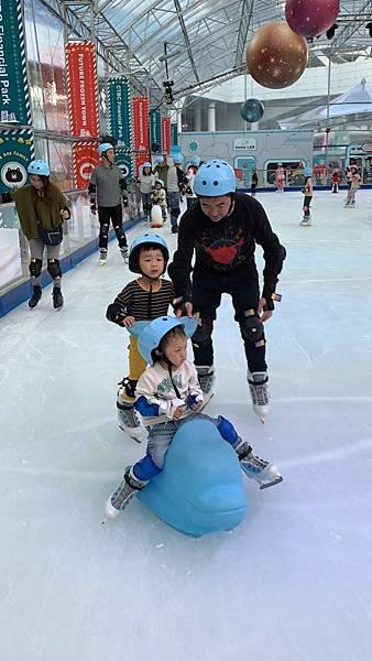 20181201中信園區溜冰_181201_0010.jpg