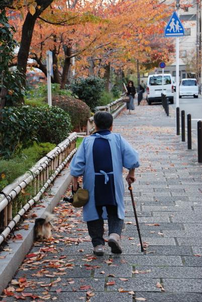 很悠閒的京都人~~