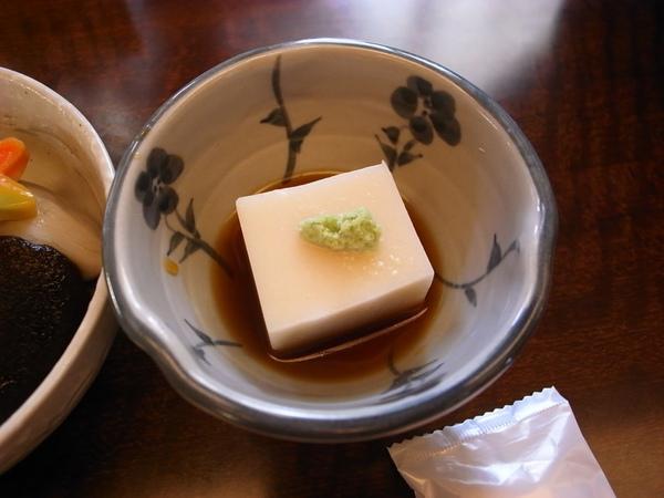 芝麻豆腐~味道不錯~